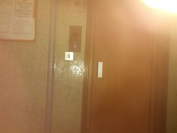 Un ascensore ti spegne