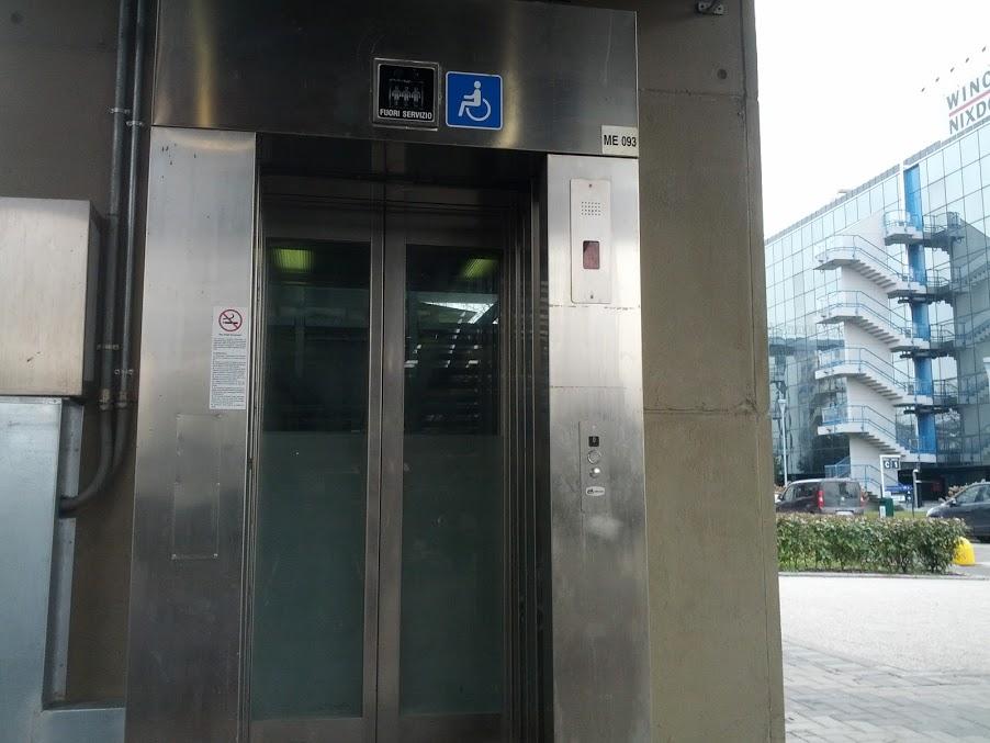 Ascensore metropolitana Assago forum: vittoria di disabili allo scoperto