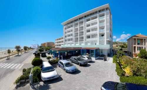 Senigalia: hotel Atlantic